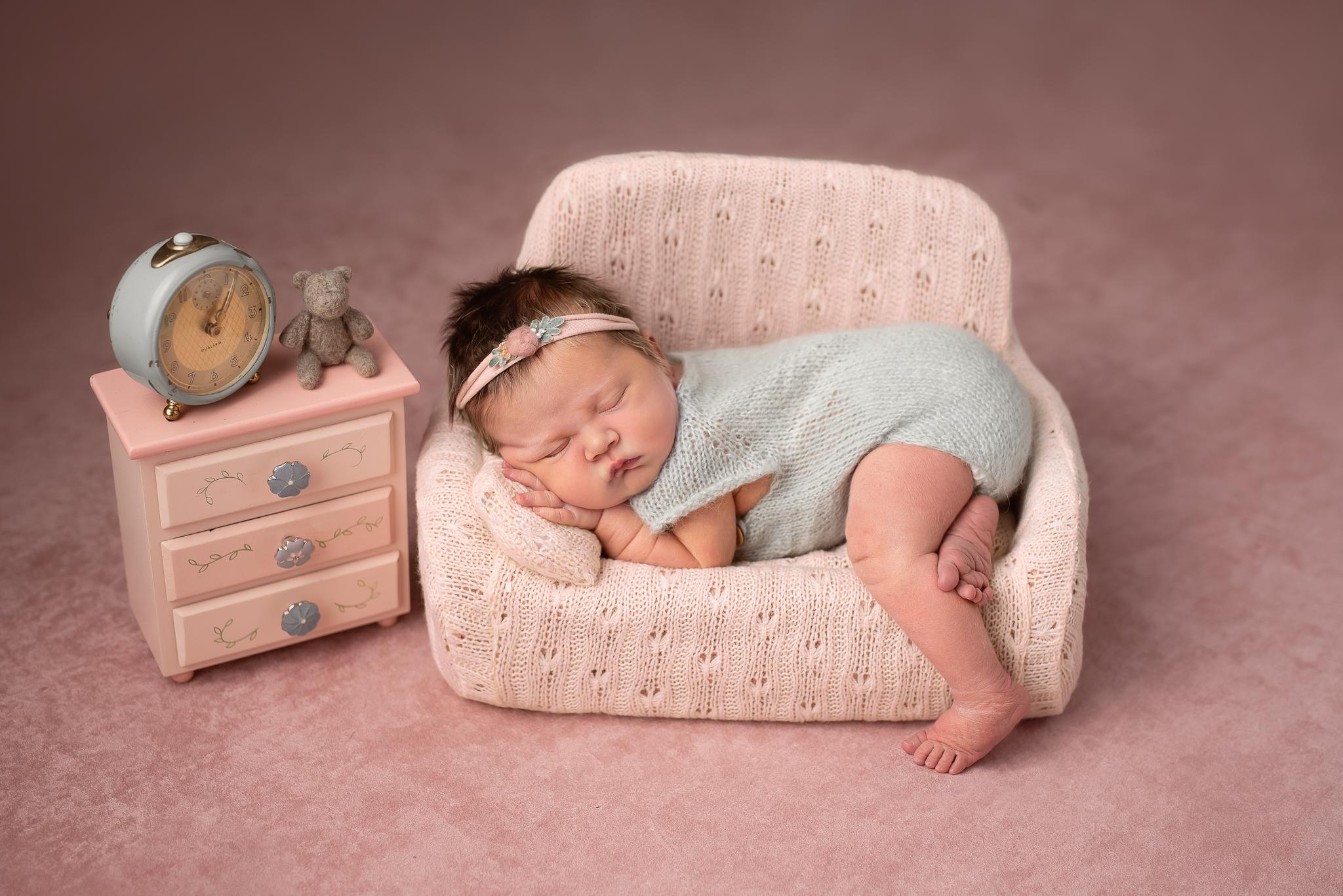 Newborn259NaomiLuciennePhotography062019-Edita.jpg