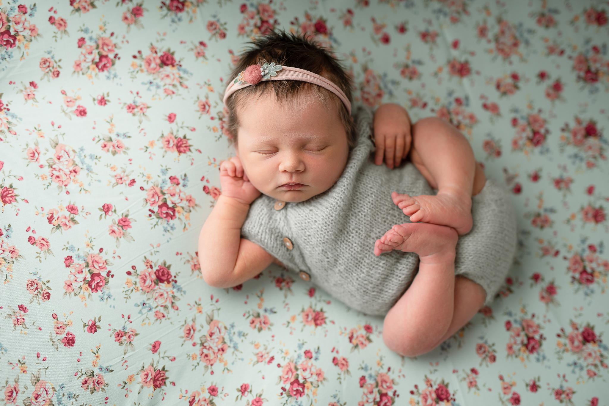 Newborn354NaomiLuciennePhotography062019-Edit.jpg