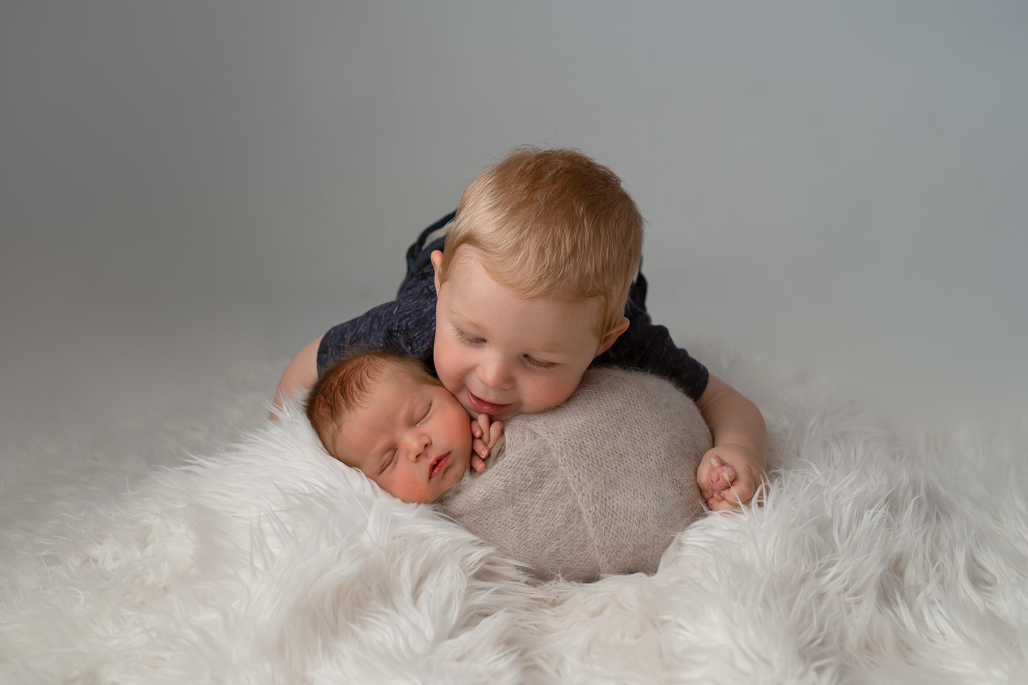 Newborn134NaomiLuciennePhotography062019-Edita-2.jpg