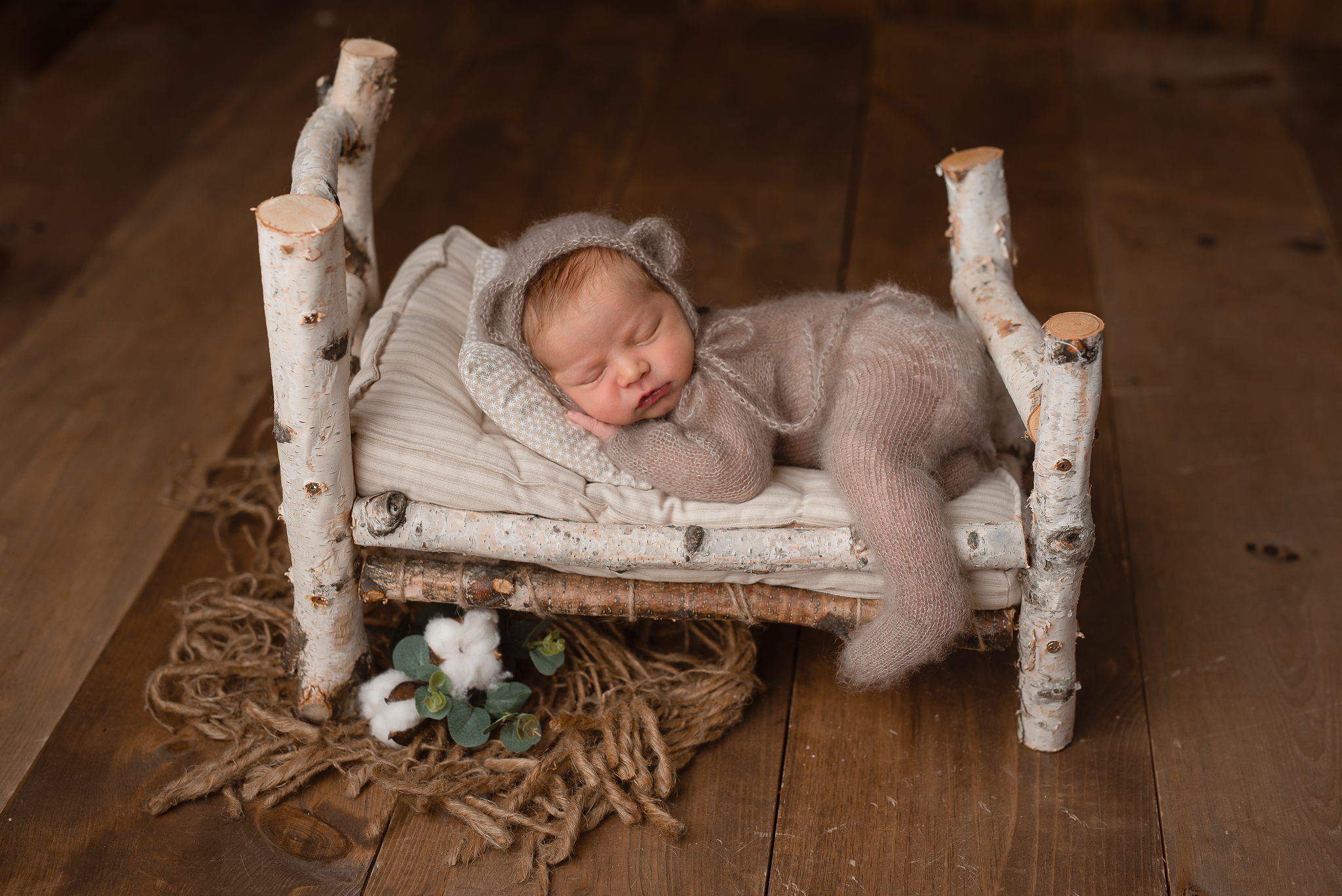 Newborn111NaomiLuciennePhotography062019-2-Edit.jpg