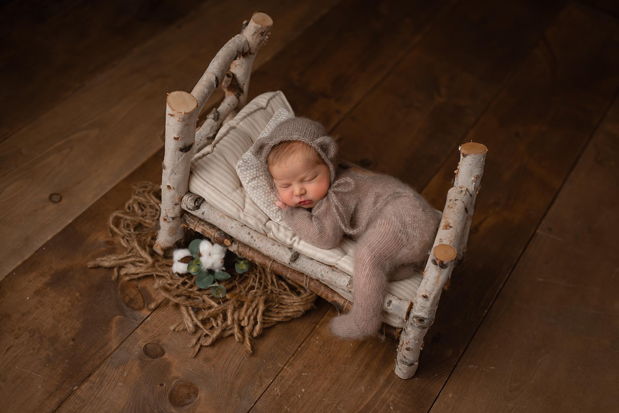 Newborn135NaomiLuciennePhotography062019-2-Edit-2.jpg