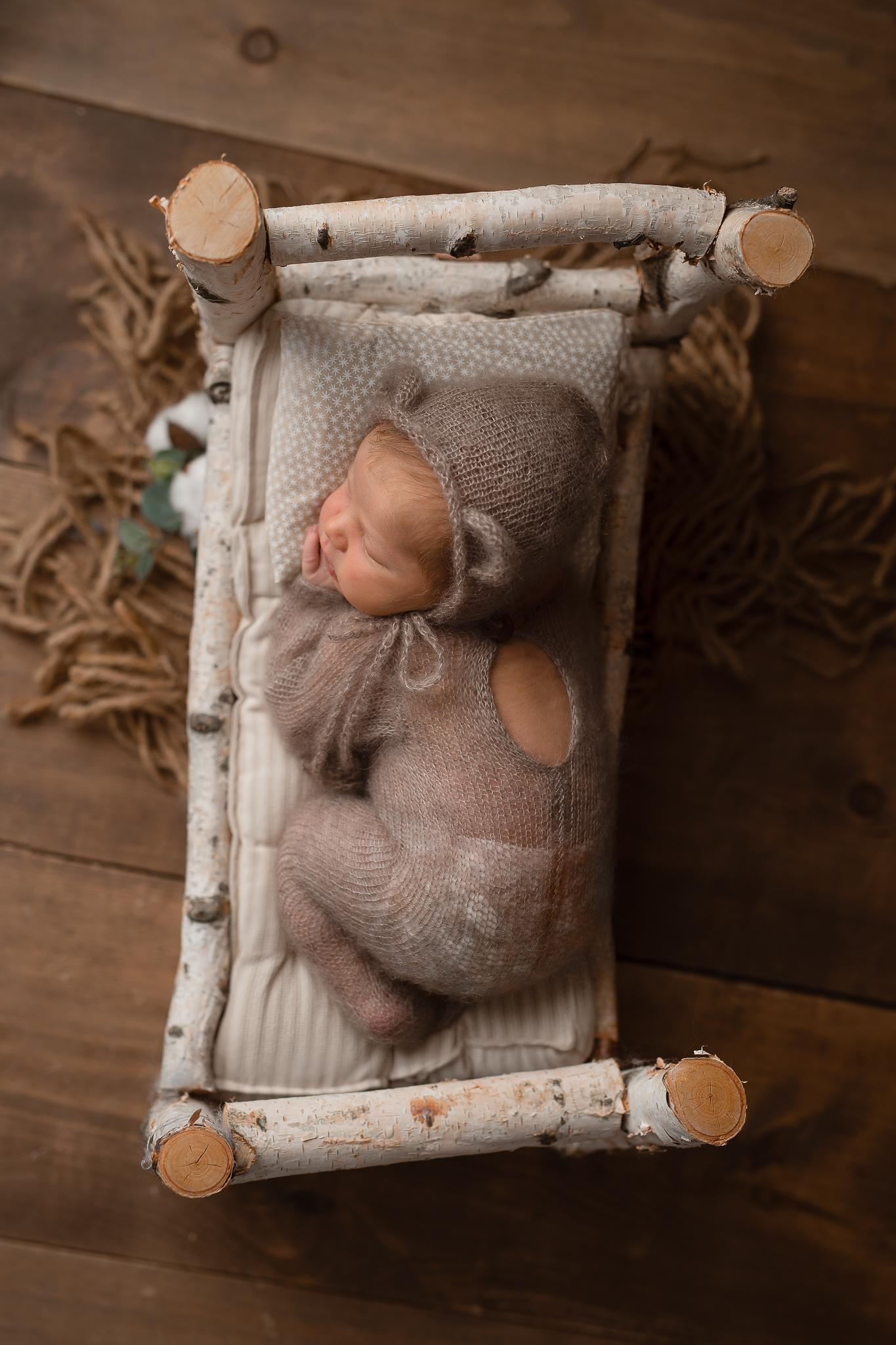 Newborn158NaomiLuciennePhotography062019-2-Edita.jpg