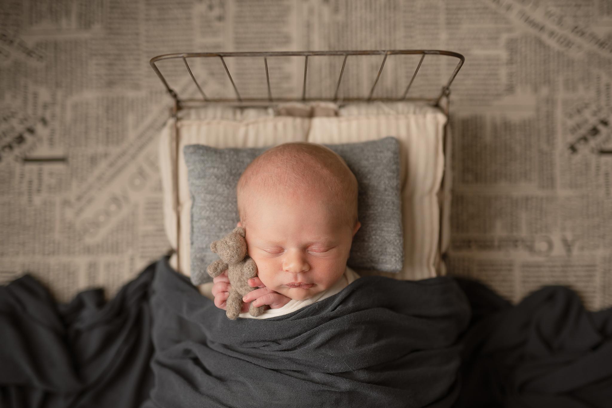 Newborn383NaomiLuciennePhotography062019-Edit.jpg