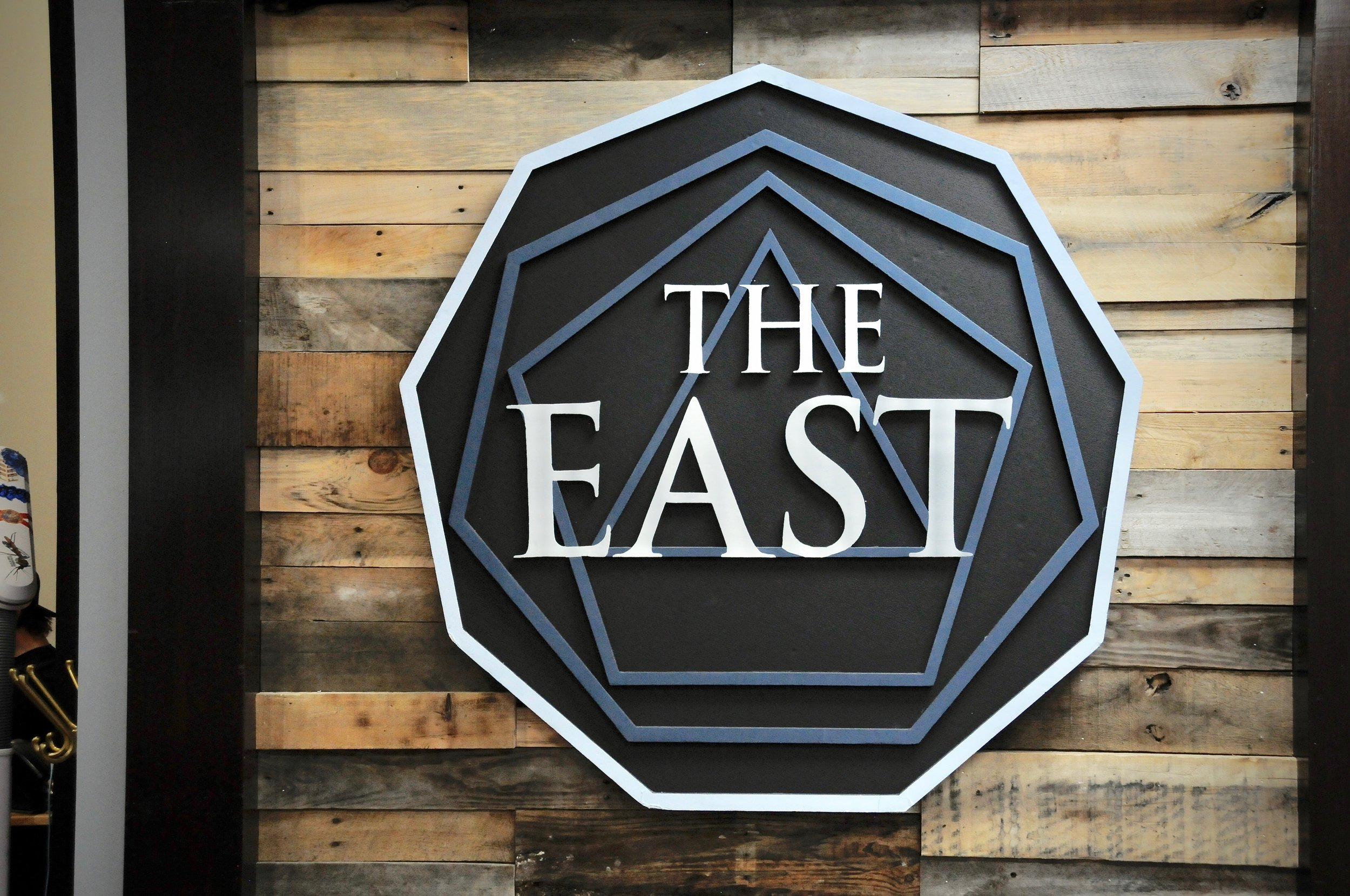 the-east-tattoo---salon-design_43958719704_o.jpg
