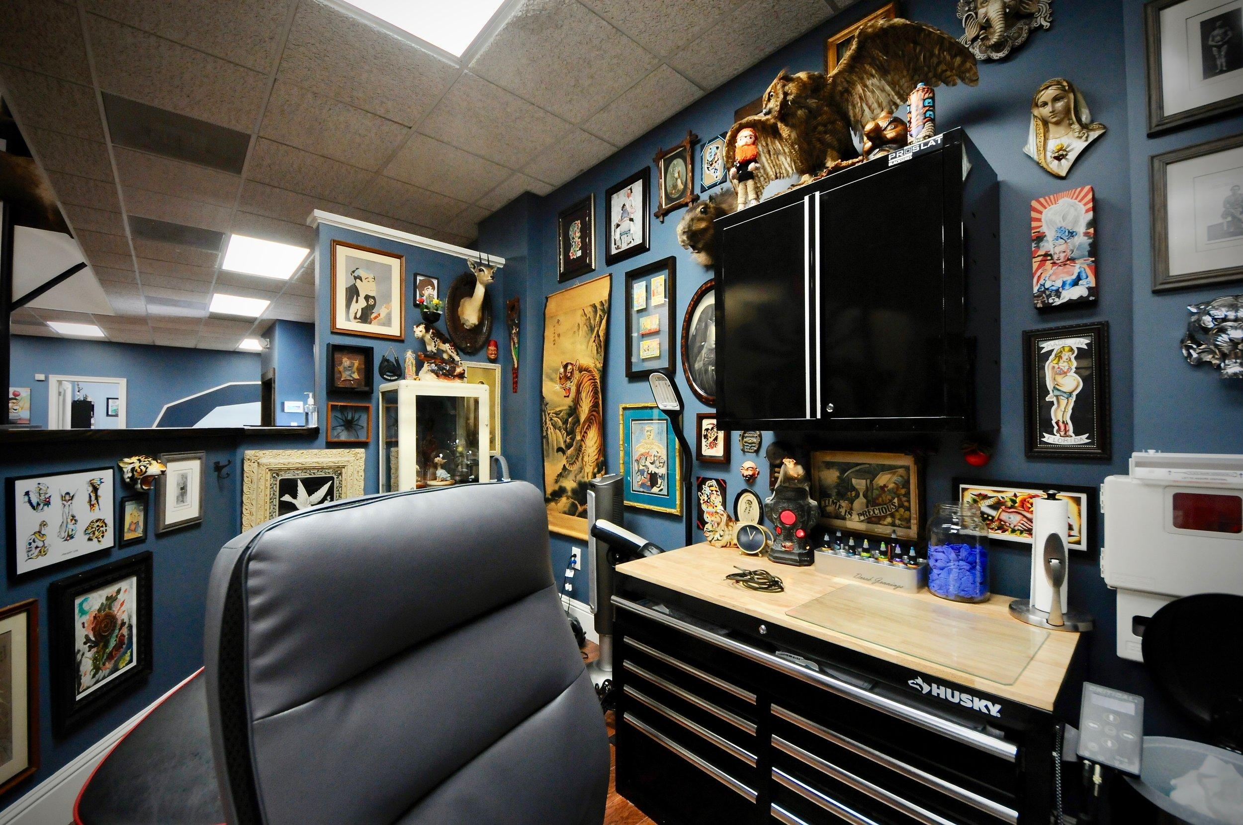 the-east-tattoo---salon-design_29739121047_o.jpg