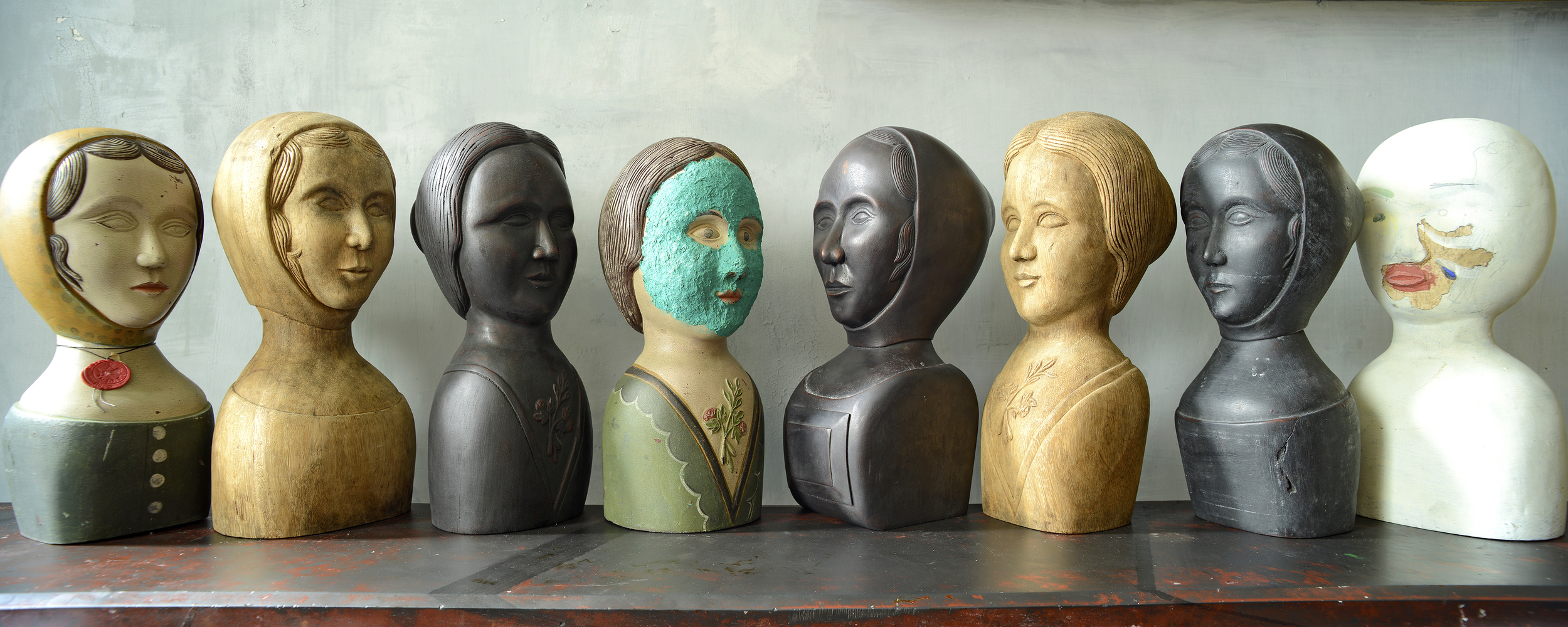 WOOD BUSTS