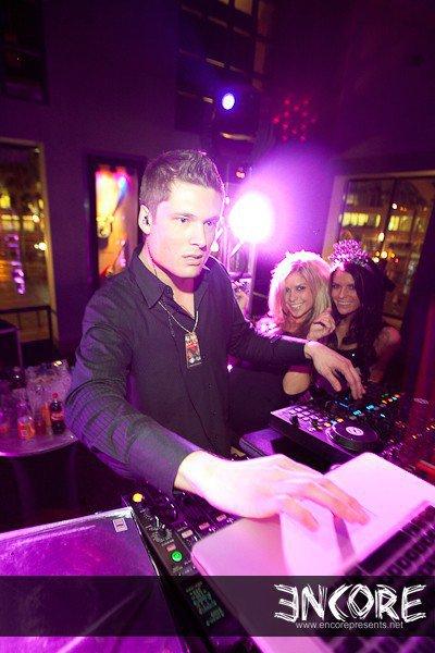 Erik Till DJing Hard Rock New Years