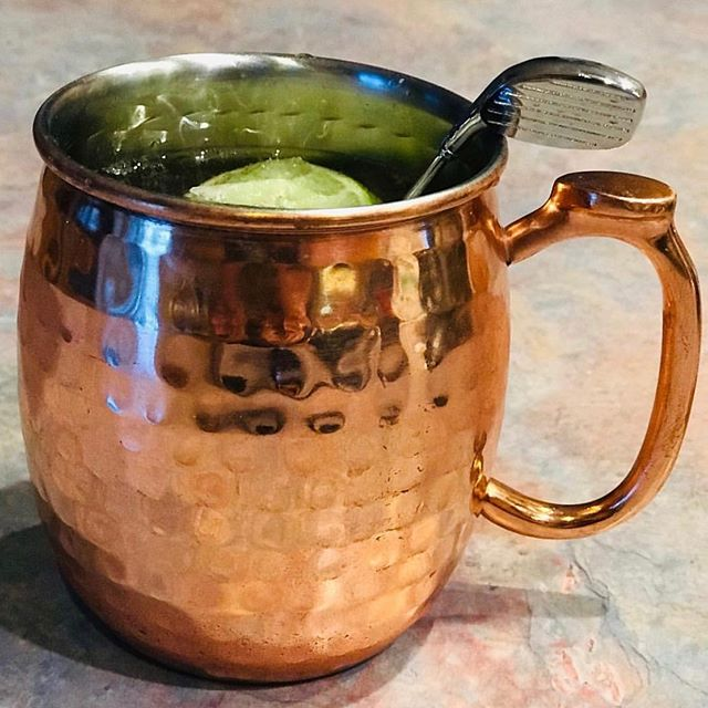 #repost Still looking for a great Father's Day gift? The #originalhipstirrer Golf Club can't miss. #fathersdaygifts #fathersday #golf #golfer #golflove #golfclub #playwithyourcocktail #coppermug #moscowmule #vodka #golfdad #golfdads #gift #gifting #giftideas 📷: @our_life_360