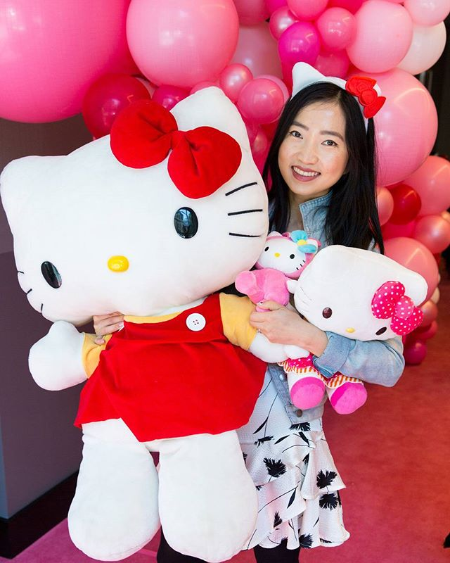 Photography for Hello Kitty @wearehellokitty #hellokittygang high tea at @QTMelbourne. Image: Blogger @therubycanvas . Album on www.jamonyourcollar.com.au, link in bio. . @jam.on.your.collar.photography @stylecounselpr @toriallen_events @iscreamnailsv