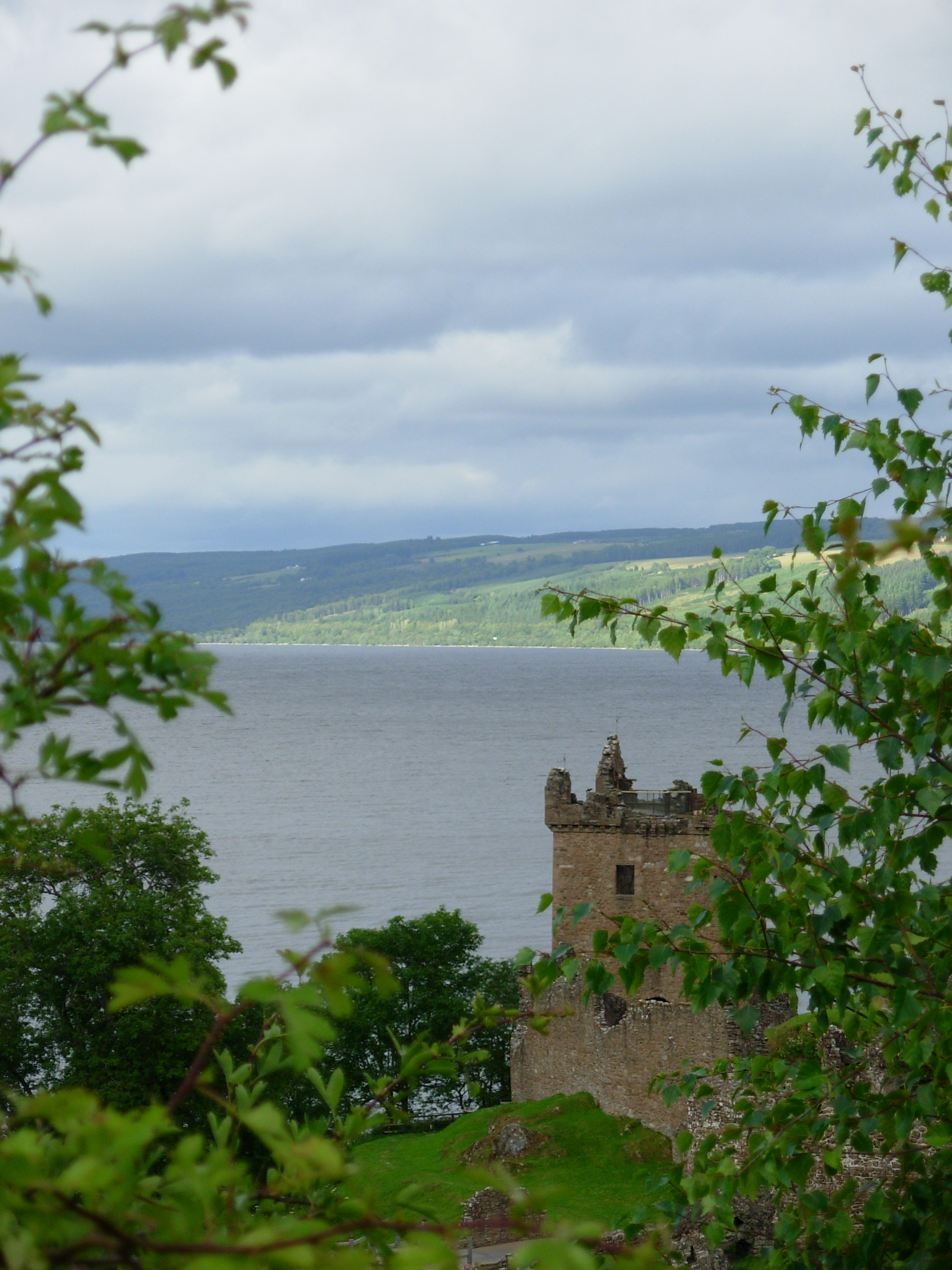 castle at Loch Ness