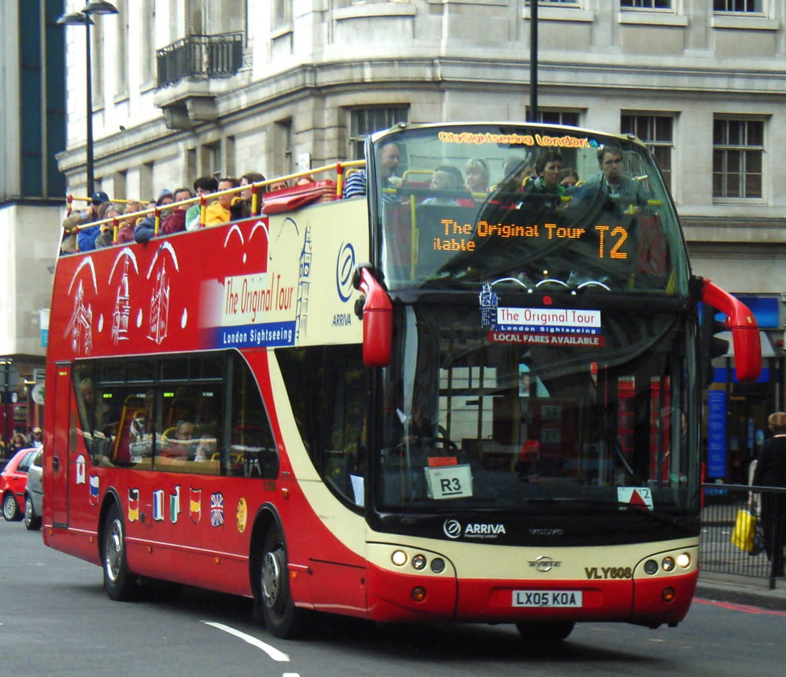 Do as the tourists do: ride the sightseeing bus!