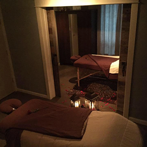 Couples Massage, Visit McMinnville, Massage Therapy