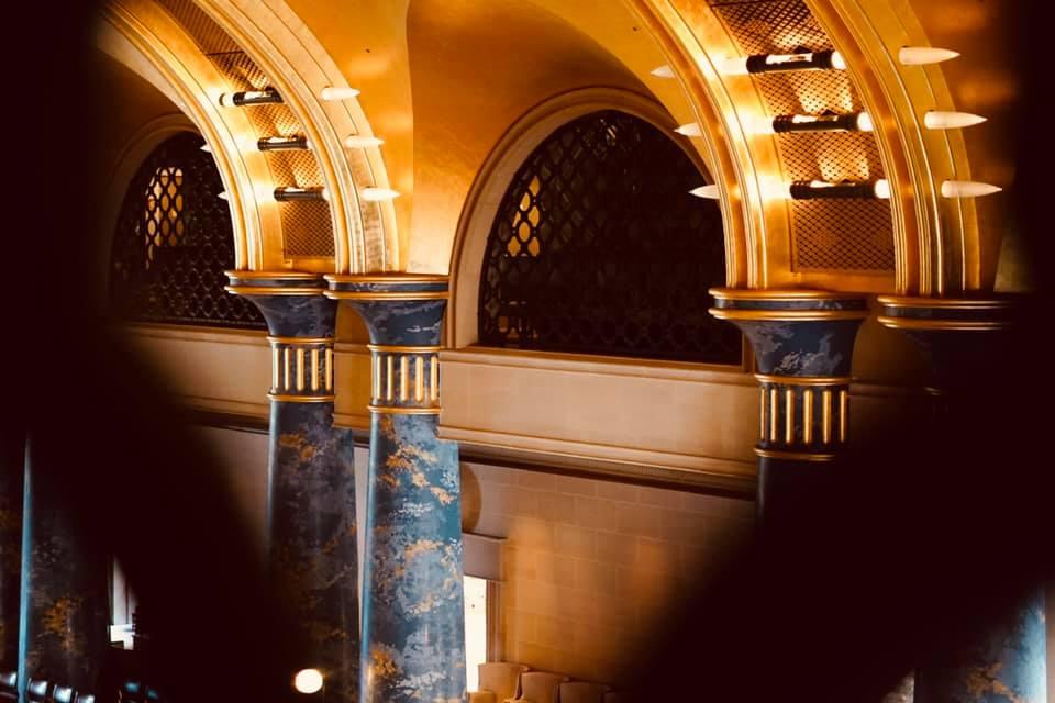 ホール2階から見える風景