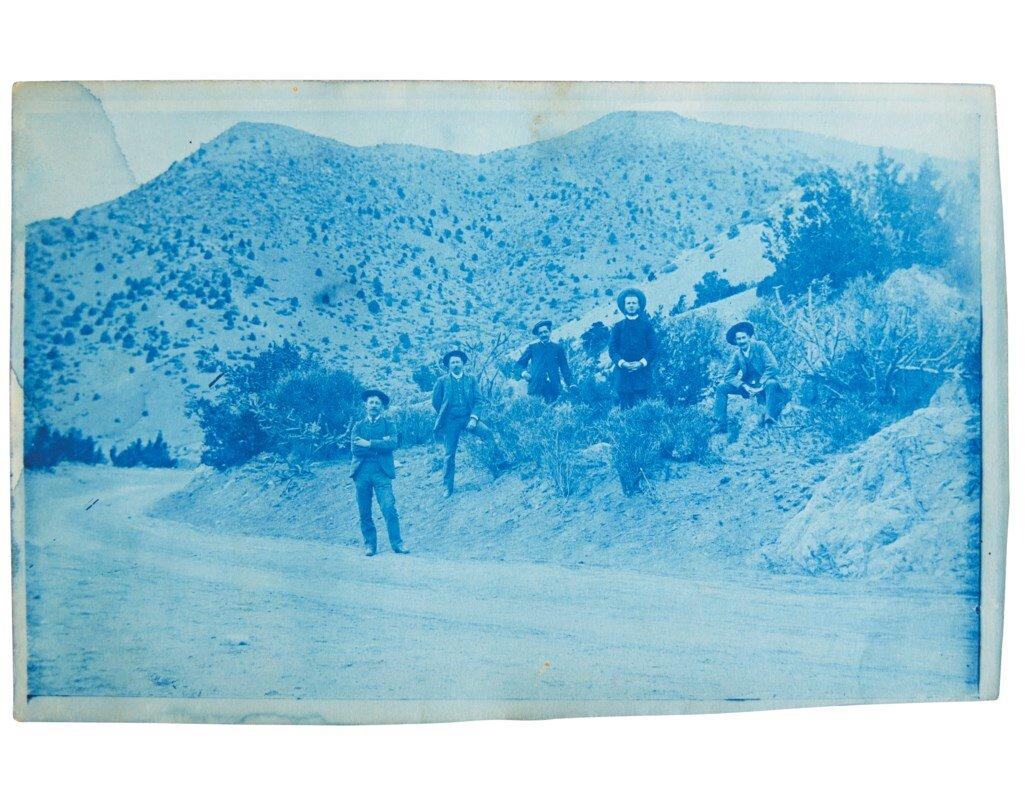 2019_NYR_17600_0015_000(lh_schollenberger_santa_fe_trail_entering_into_mountains_near_albuquer).jpg