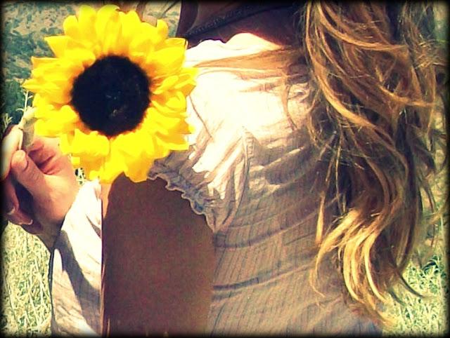 waitingsunflower.jpg