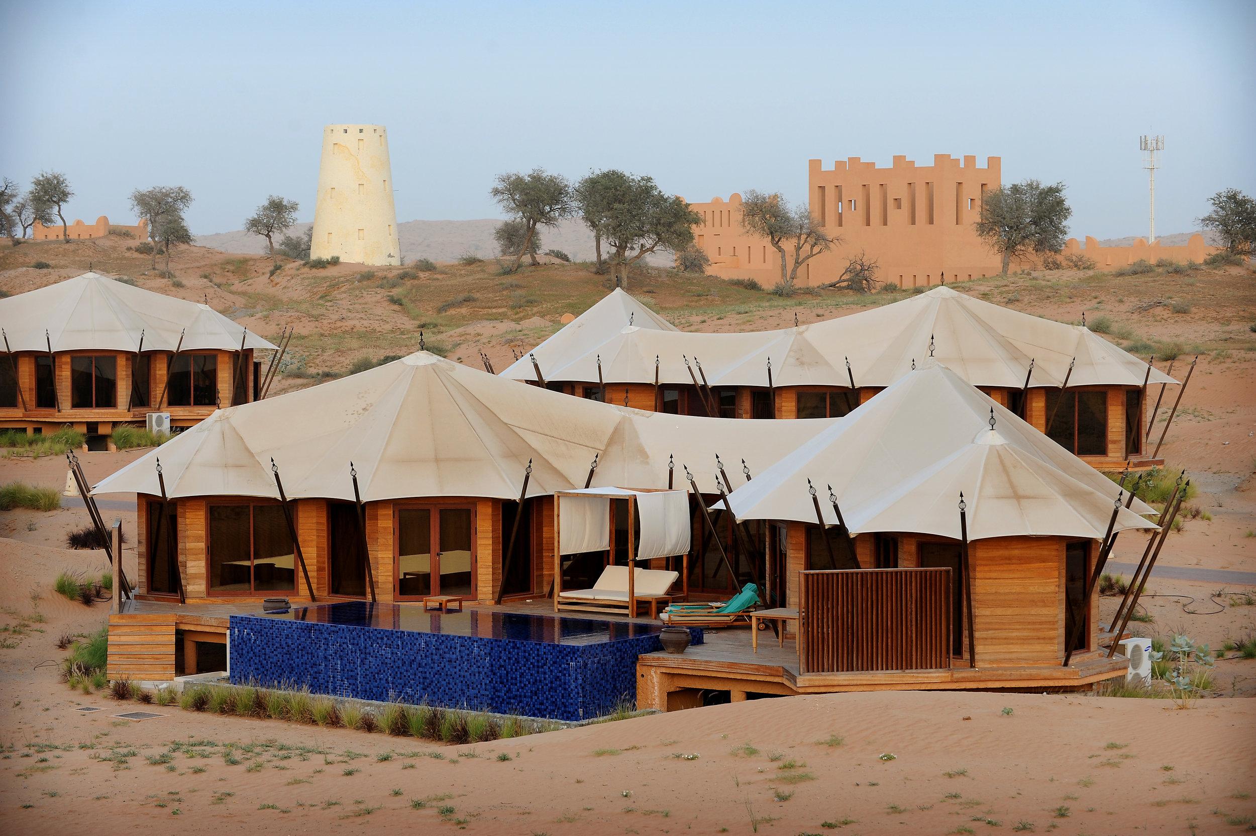 UAE, Yhdistyneet Arabiemiirikunnat, uima-allas, Al Wadi, teltta, aavikko