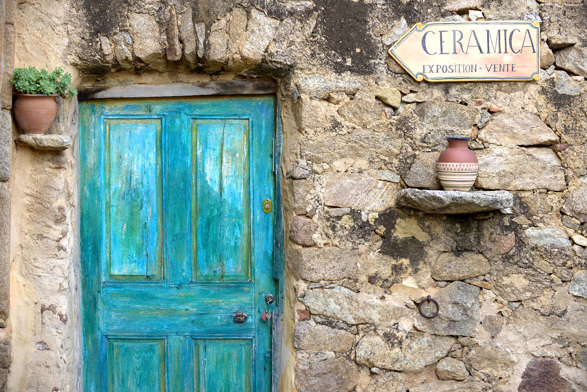 Ranska, Korsika, kylä