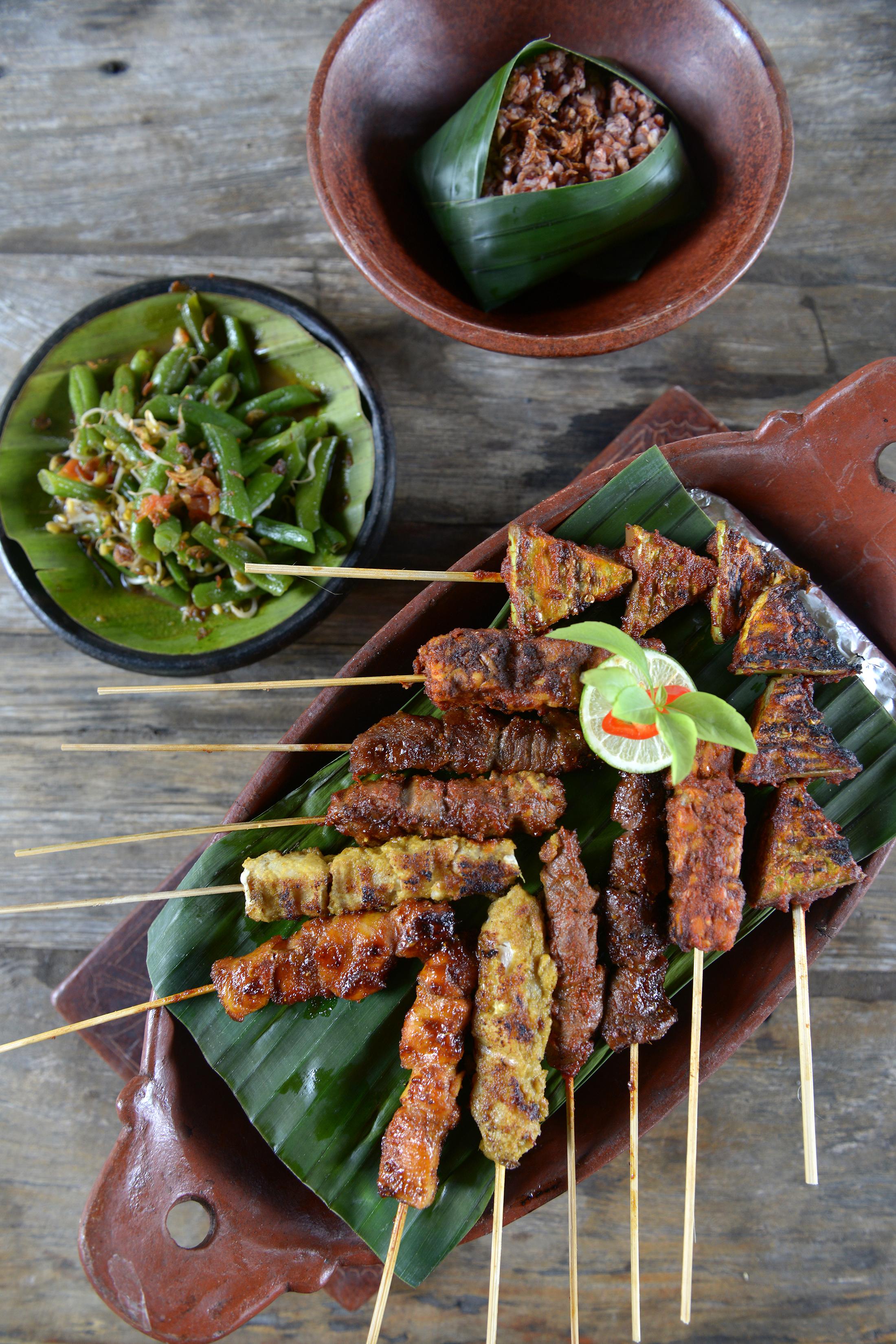 Ruoka-annos, Indonesia, Satay