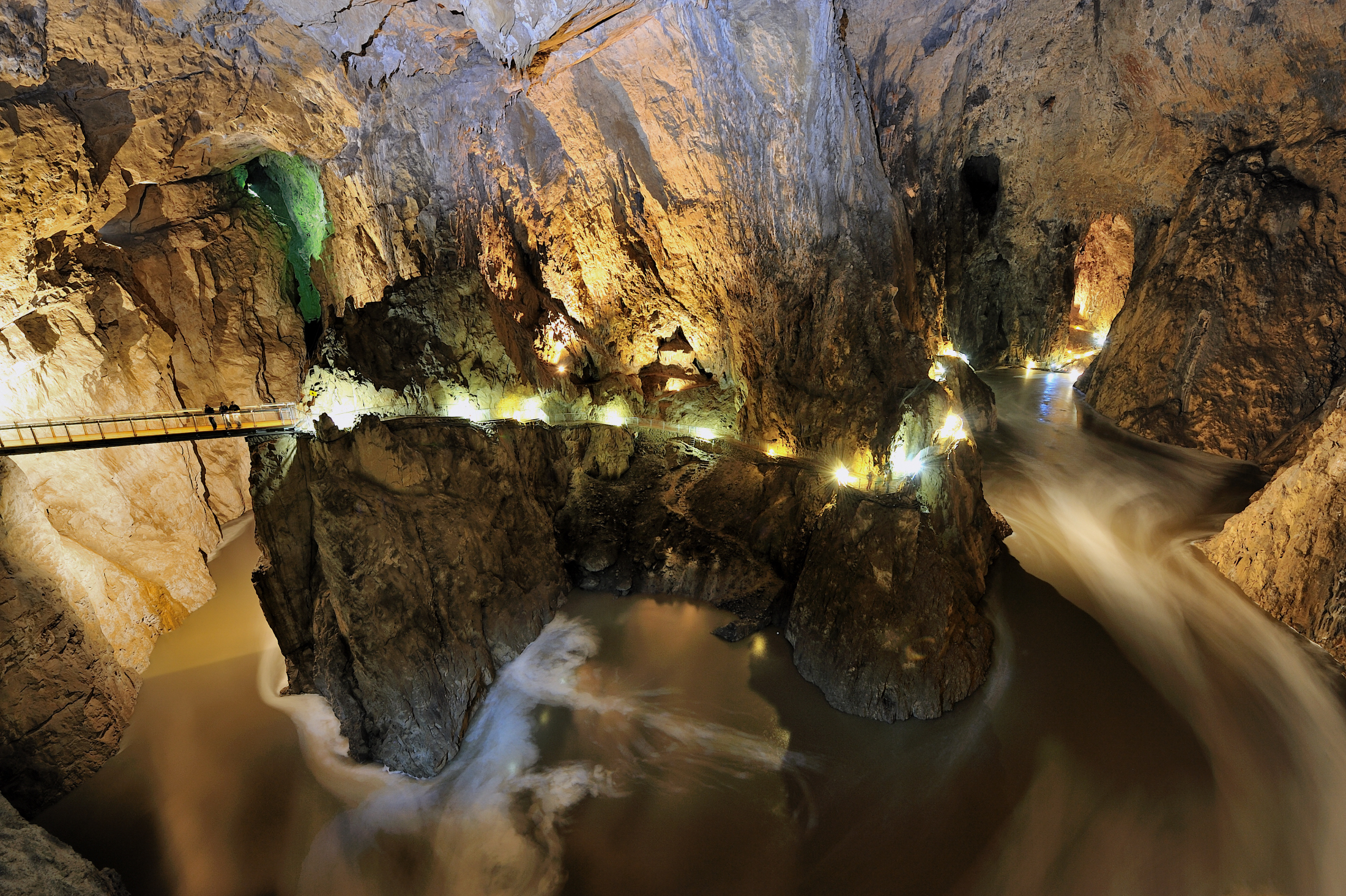 Slovenia, Skocjan Caves, luola