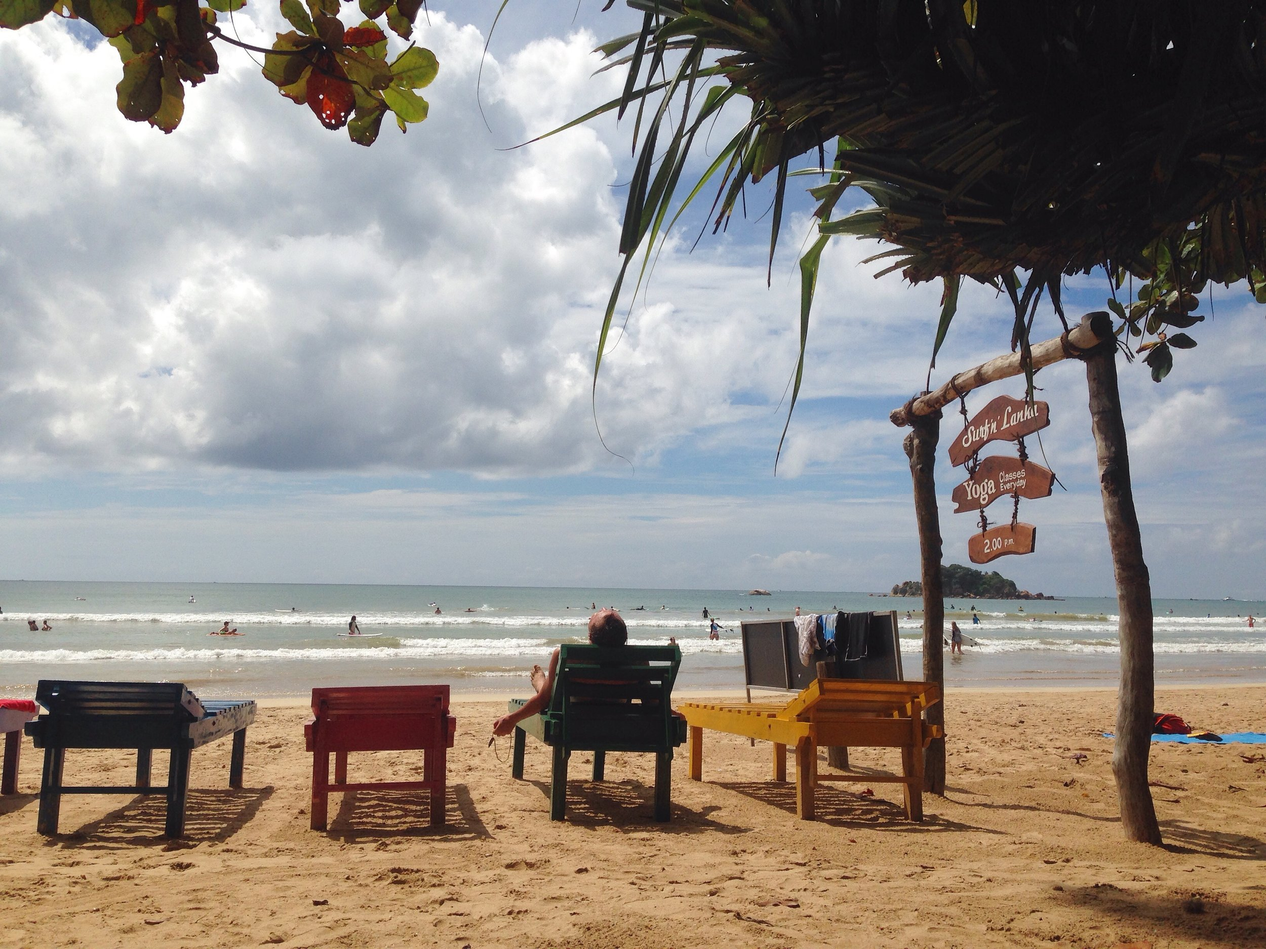 It only takes 75 minutes from Weligama surf beach to Neluwa village in the middle of the rainforest. After the ride your are all set to enjoy the simplicity of life surrounded by tea plantations – with no other travellers!