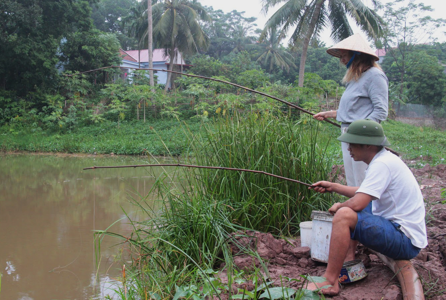 Duara_village_exp_Huong_non_fishing.jpg