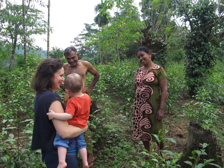 Duara co-founder Annika with her daughter in Neluwa, Sri Lanka