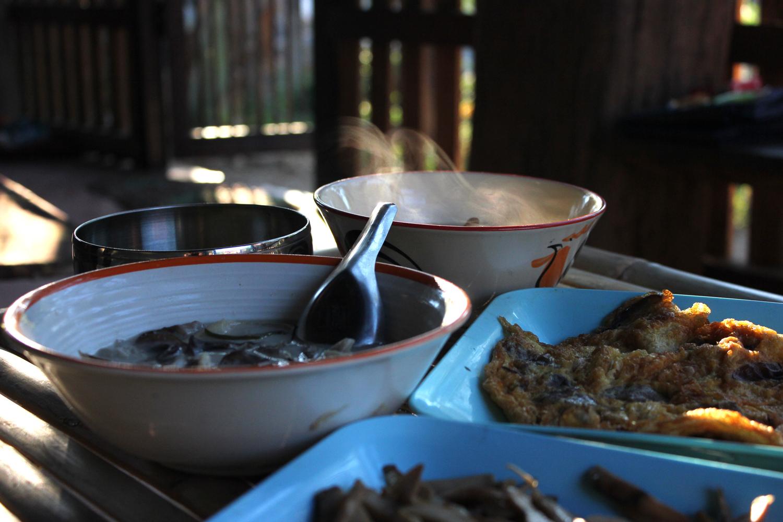 vegetarian thai food.jpg