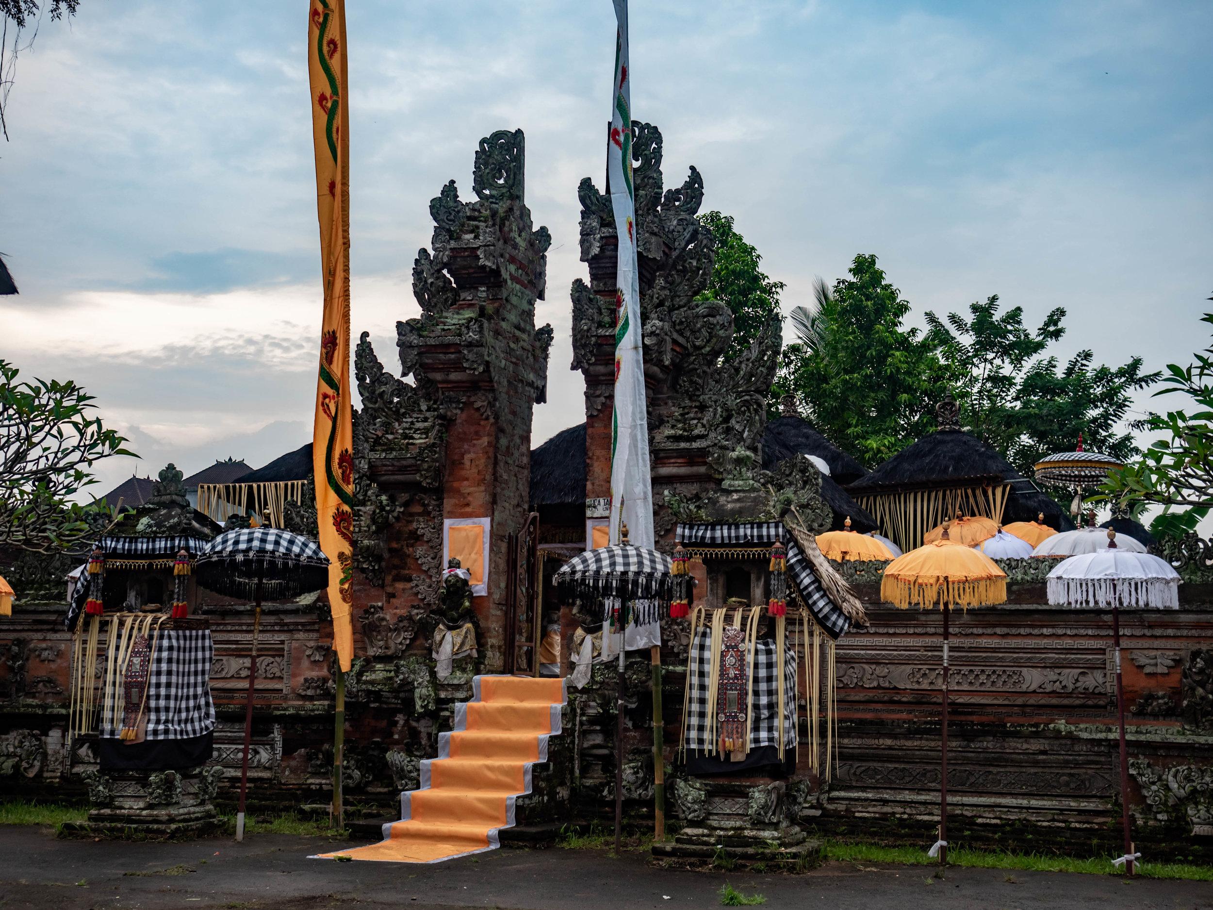 Ubud_temple.jpg