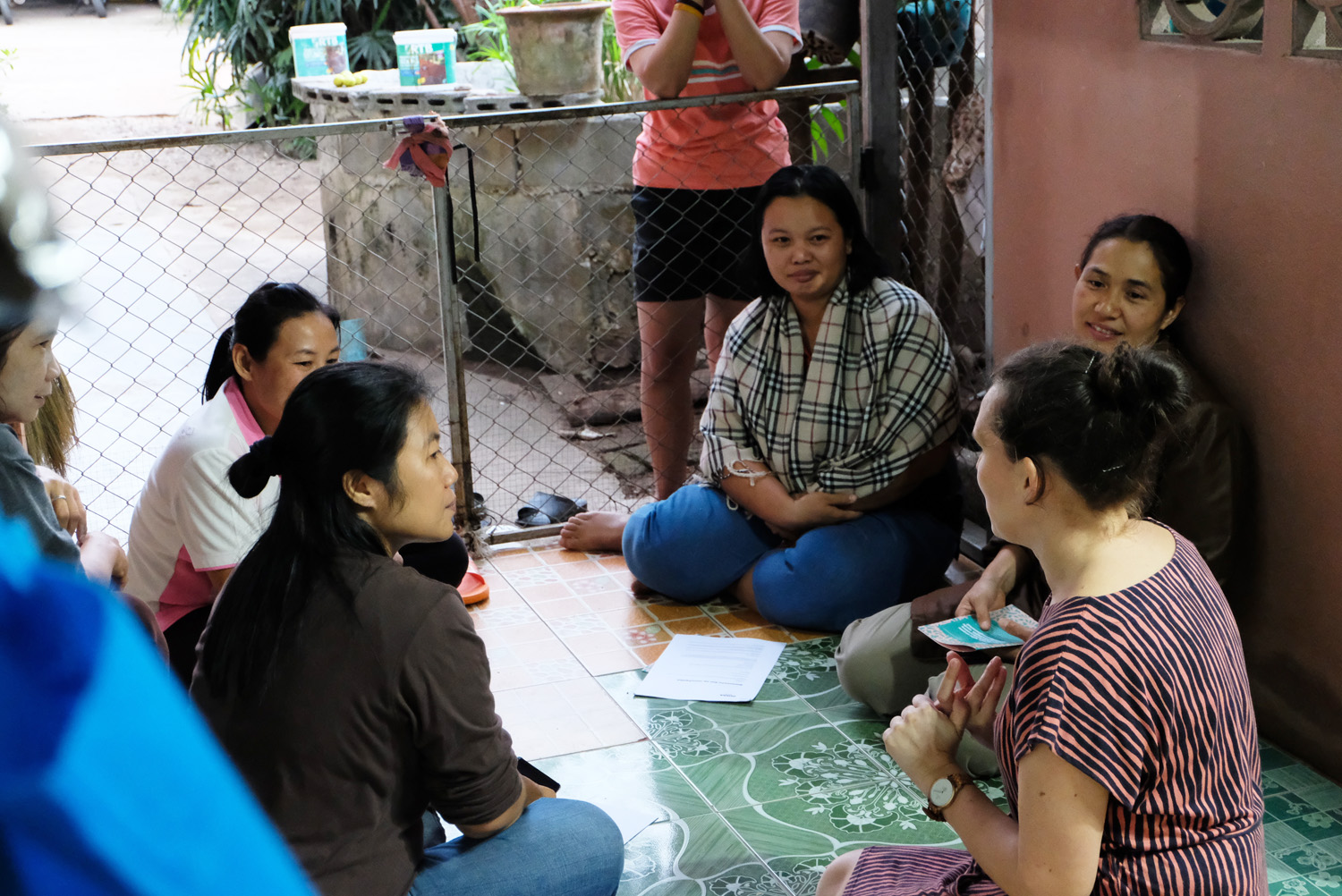 Discussing about Duara concept with local women who wish to become hosts in  Tung Lakorn village , Northern Thailand.