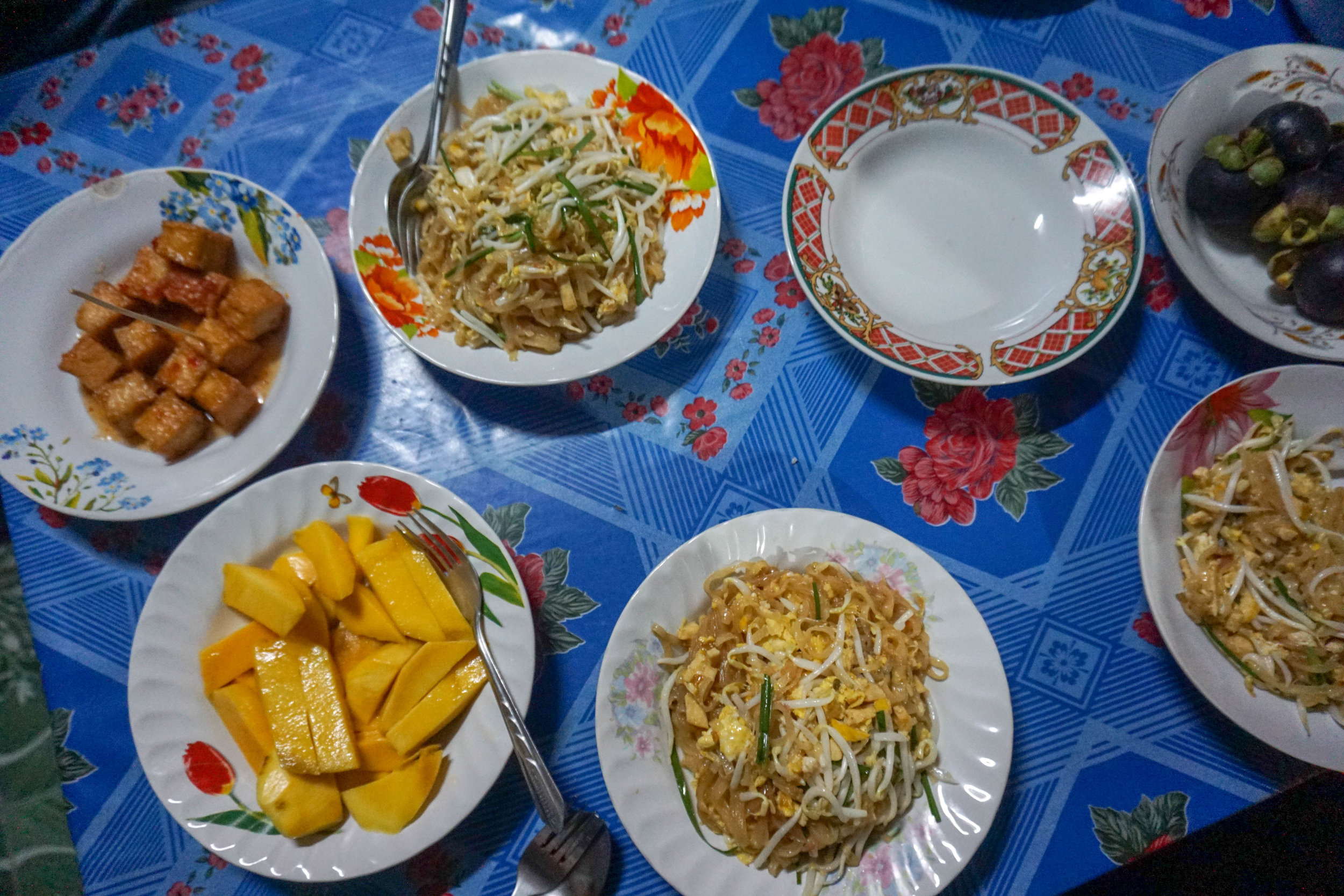 Khao_soi_cooking_course.jpg