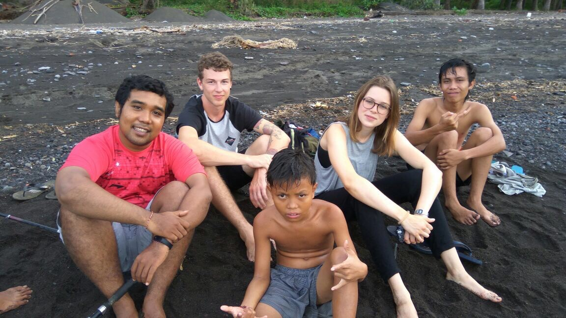 Travellers from Germany visiting Gadungan, Adi on the left.