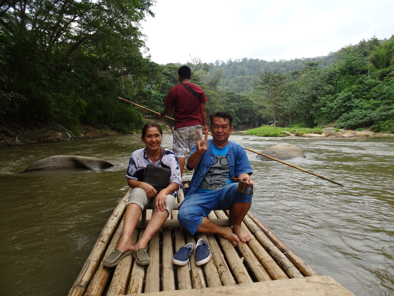 Maetaeng_bamboo_rafting.JPG