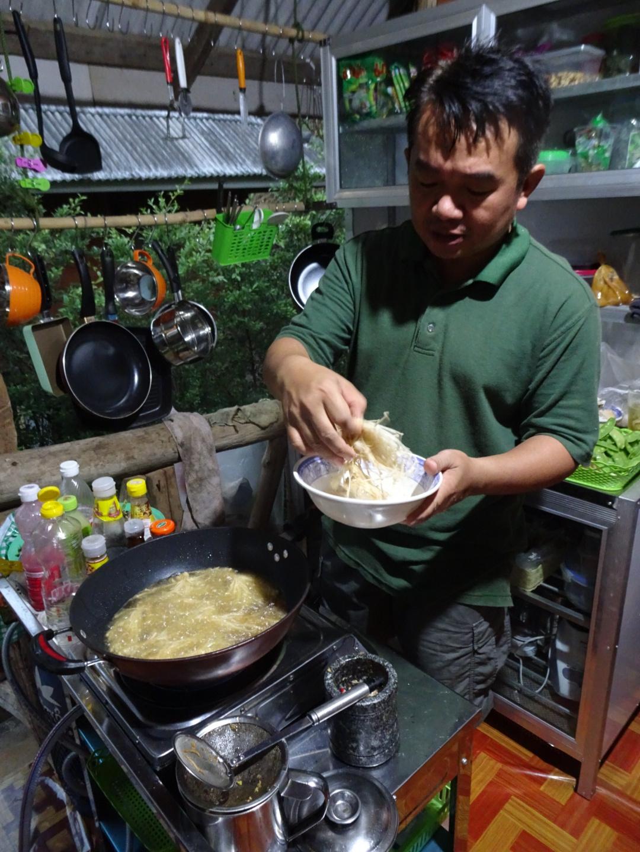 Thai_cooking_course.JPG