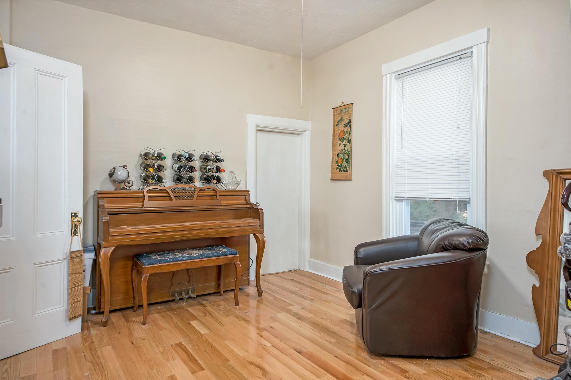 51-53 Prospect-bedroom2 -11.jpg