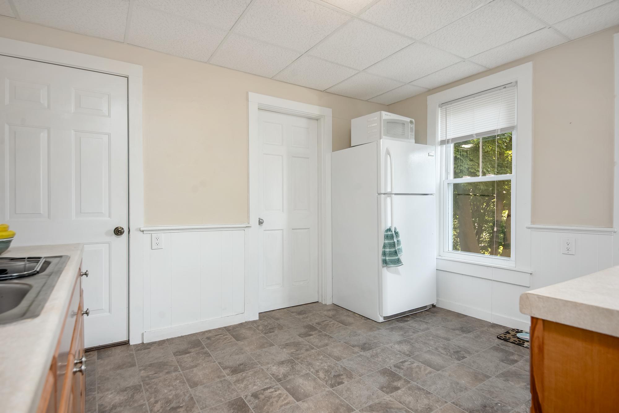 51-53 Prospect-kitchen 12.jpg