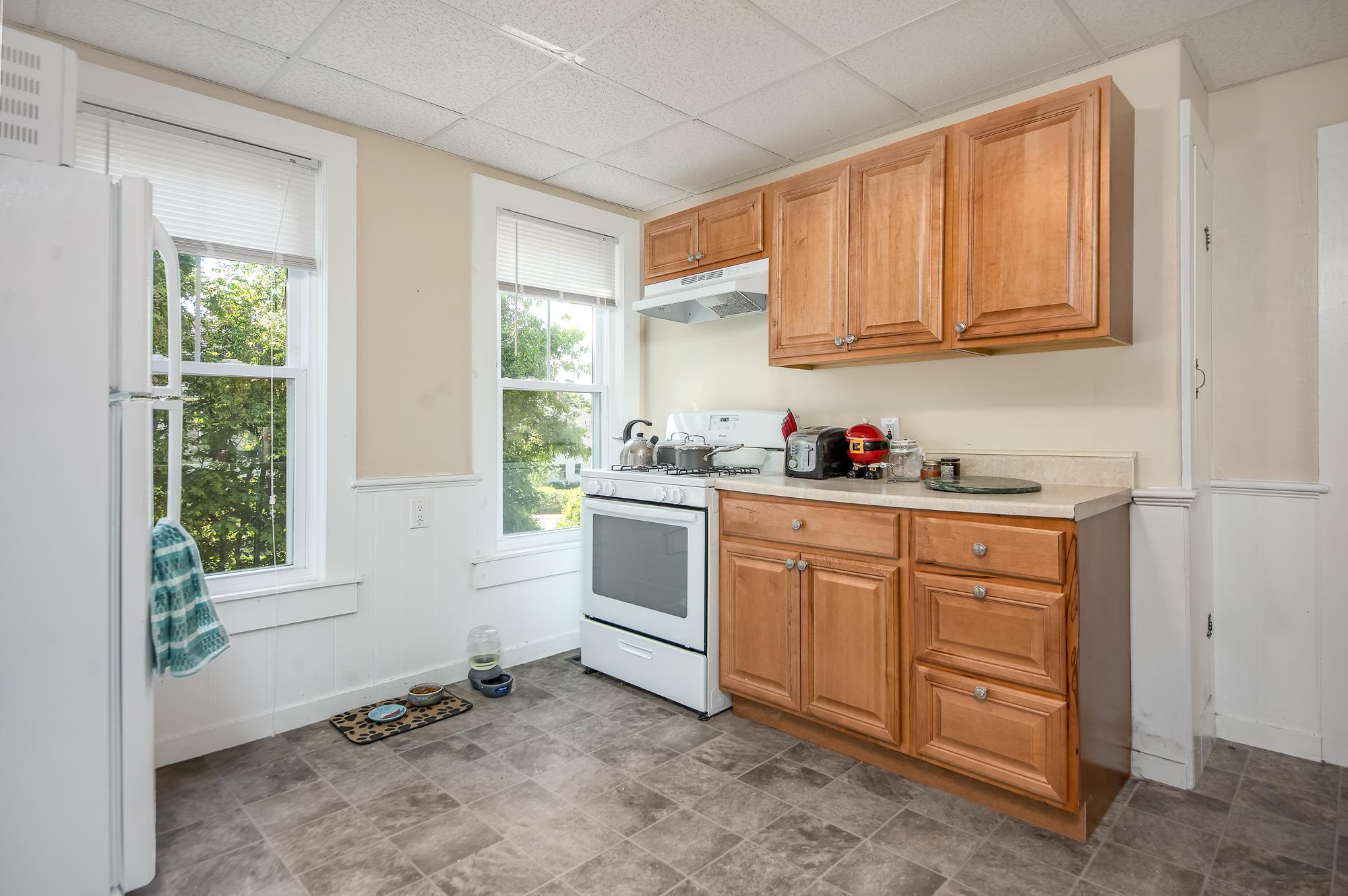 51-53 Prospect-kitchen13.jpg