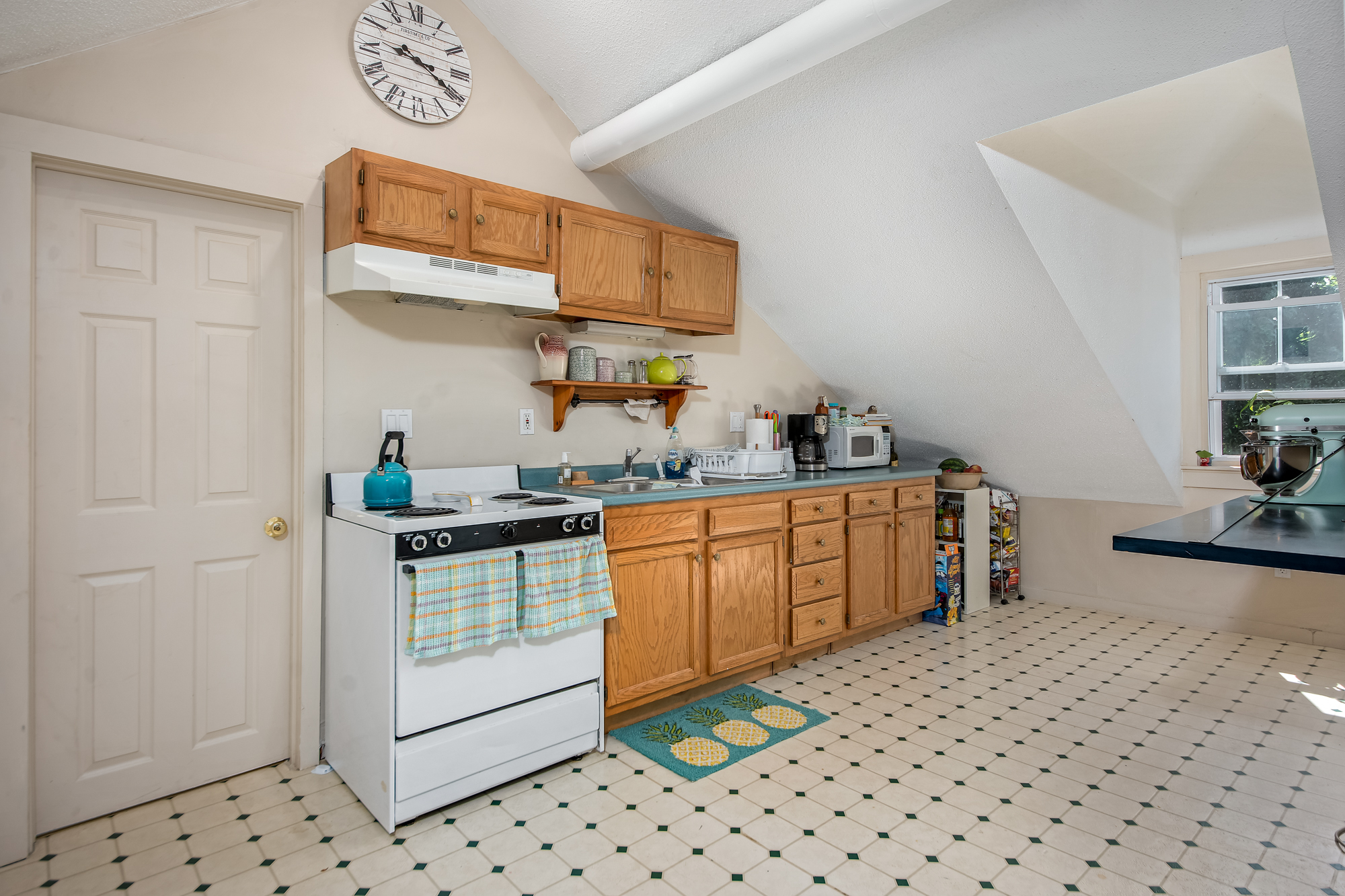 51-53 Prospect-kitchen23.jpg