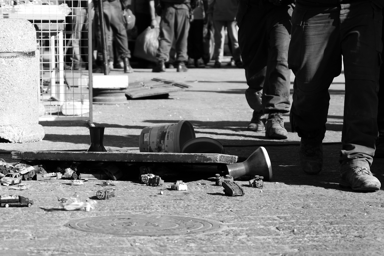 3 shops closed at Bab al Baladya - 10 August 2010 - Jeppe Schilder (10).jpg