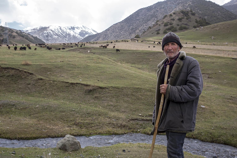 20180403_Tajikistan_Dushanbe_Kushand_shepherd.jpg