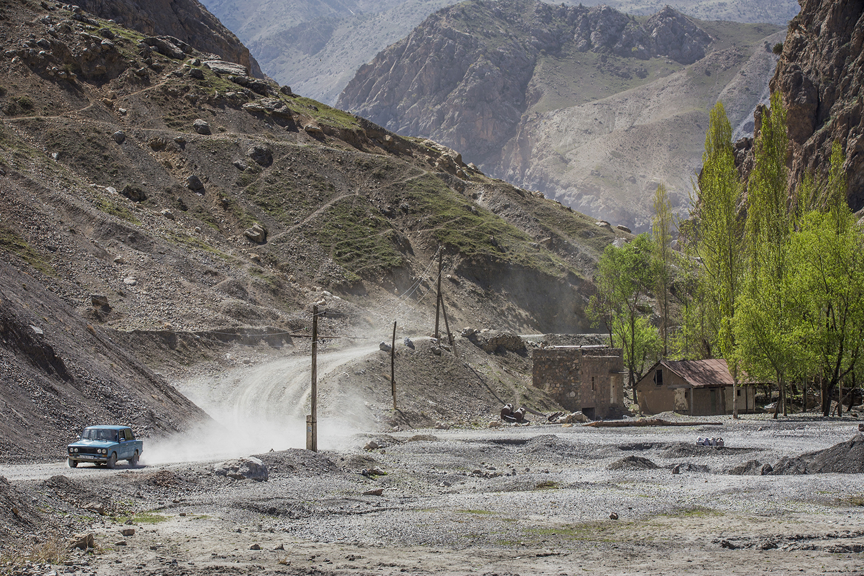 20180405_Tajikistan_Seven_Lakes_06.jpg