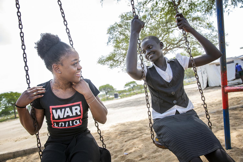 20171122_WCH_Uganda_Bidibidi_Michaela_De_Prince_Julia_photo_Jeppe_Schilder01.jpg