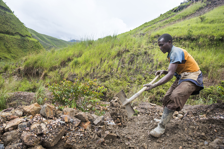 2015_DRC_Congo_conflict_minerals_09.jpg