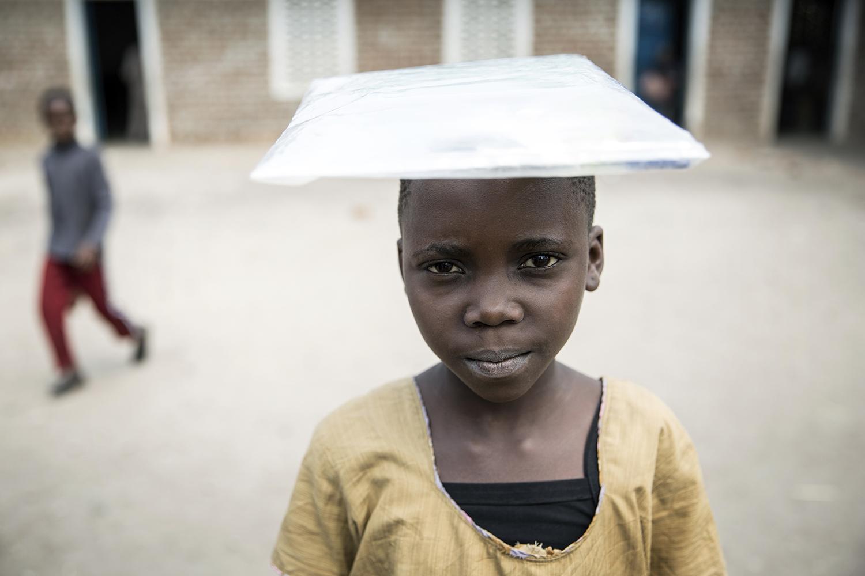 23_20150728_War Child-Isungu primary school Lusenda-Jeppe Schilder.jpg