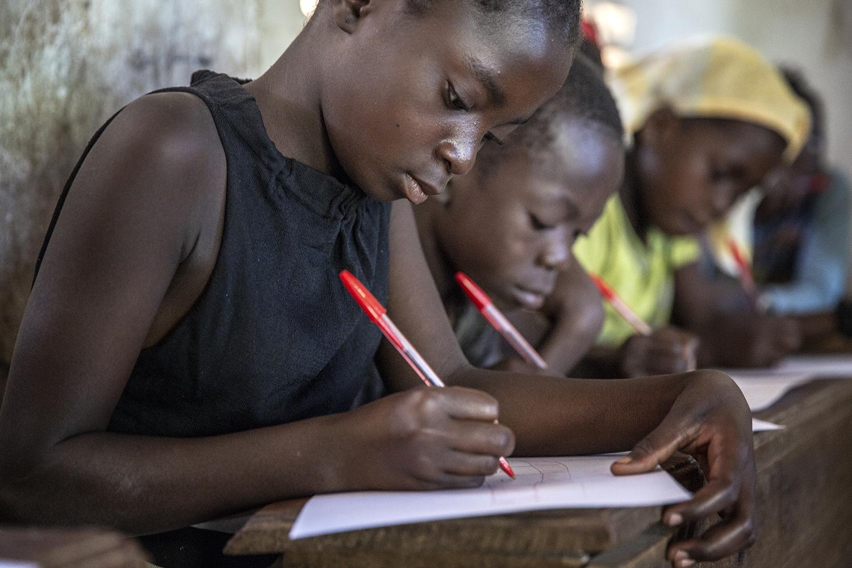 20180704_WCH_DRA_Dutch_Relief_Alliance_DRC_Congo_Lulimba_IDEAL_Julia_Jeppe_Schilder_01.jpg