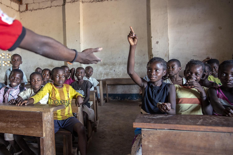 20180704_WCH_DRA_Dutch_Relief_Alliance_DRC_Congo_Lulimba_Catch_Up_education_Julia_Jeppe_Schilder_04.jpg