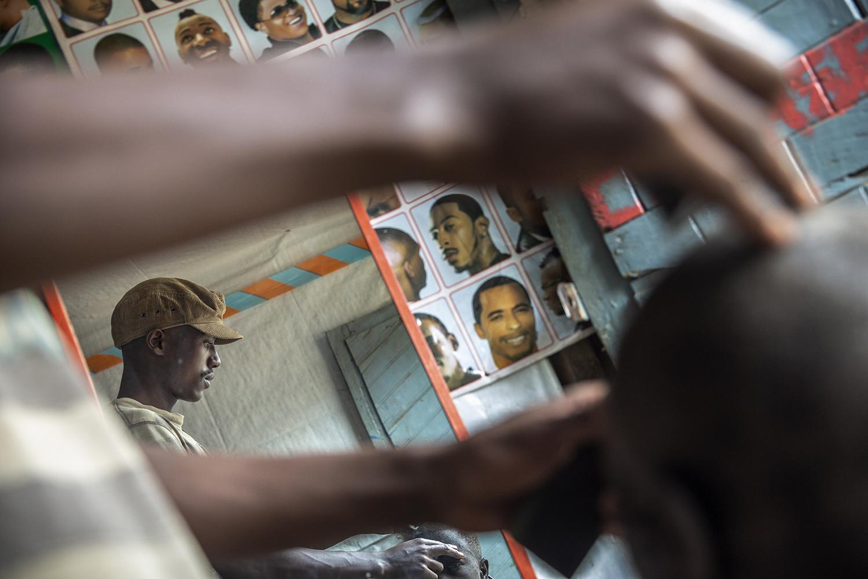 20180712_WCH_DRC_Congo_Numbi_territory_ARC_Project_barber_Olivier_Jeppe_Schilder_02 2.jpg