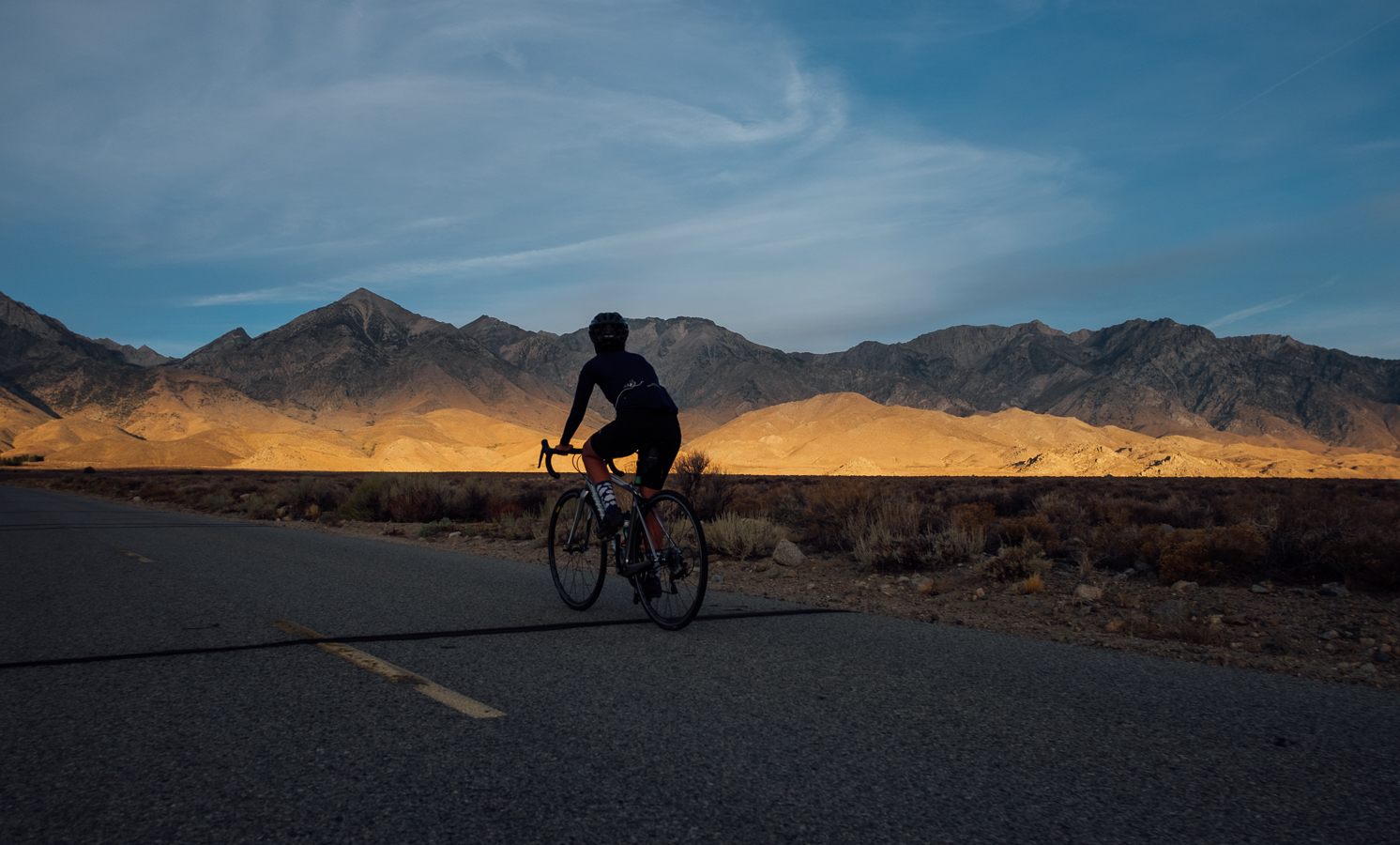 Sunrise ride to Onion Valley, California - Fuji X-T10 + XF 18mm f2.0