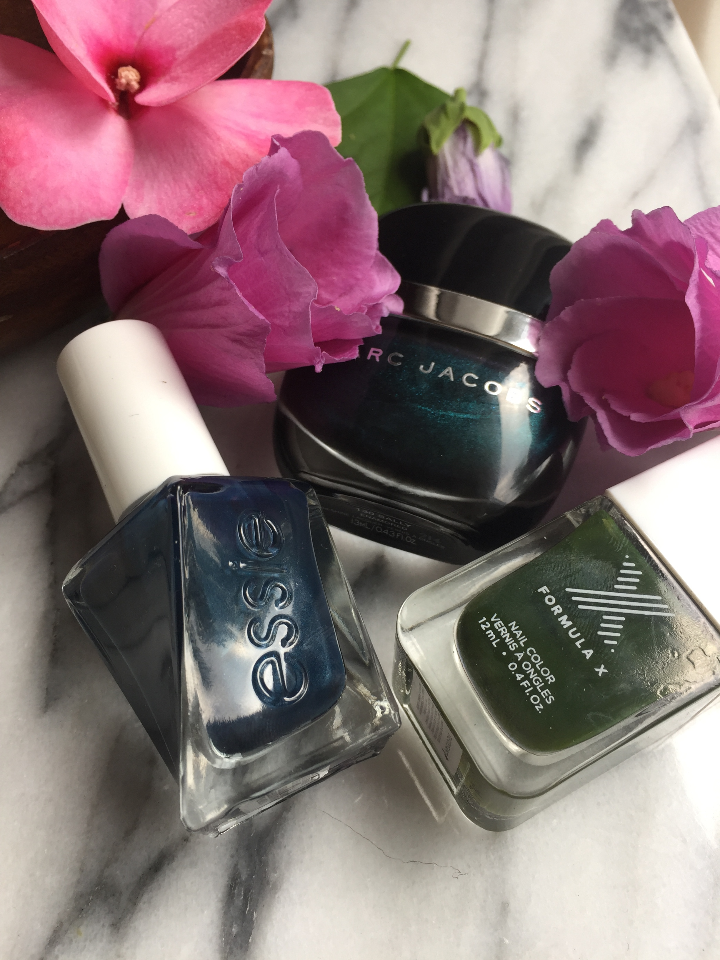 Formula X - Everdream, Marc Jacobs - 130 Sally, Essie -390  Surrounded by Studs