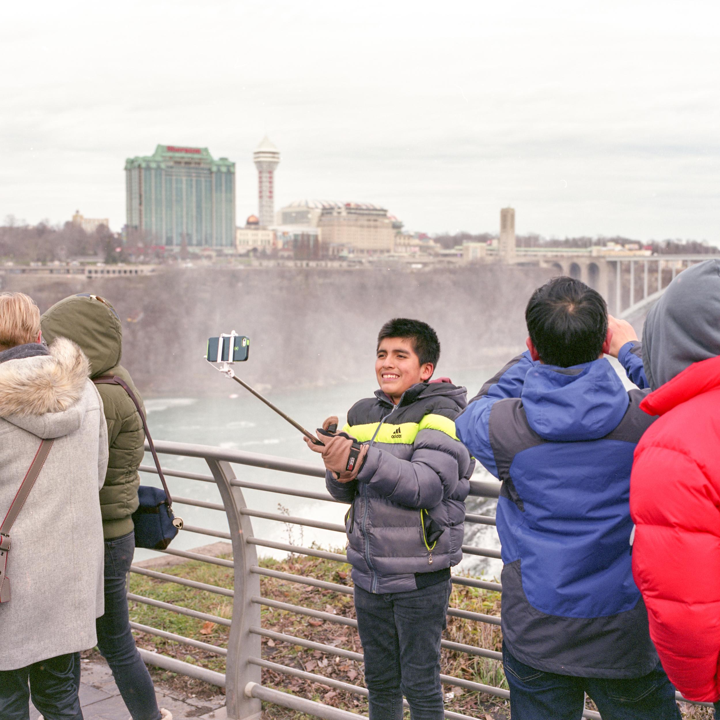 Niagara Selfie Stick