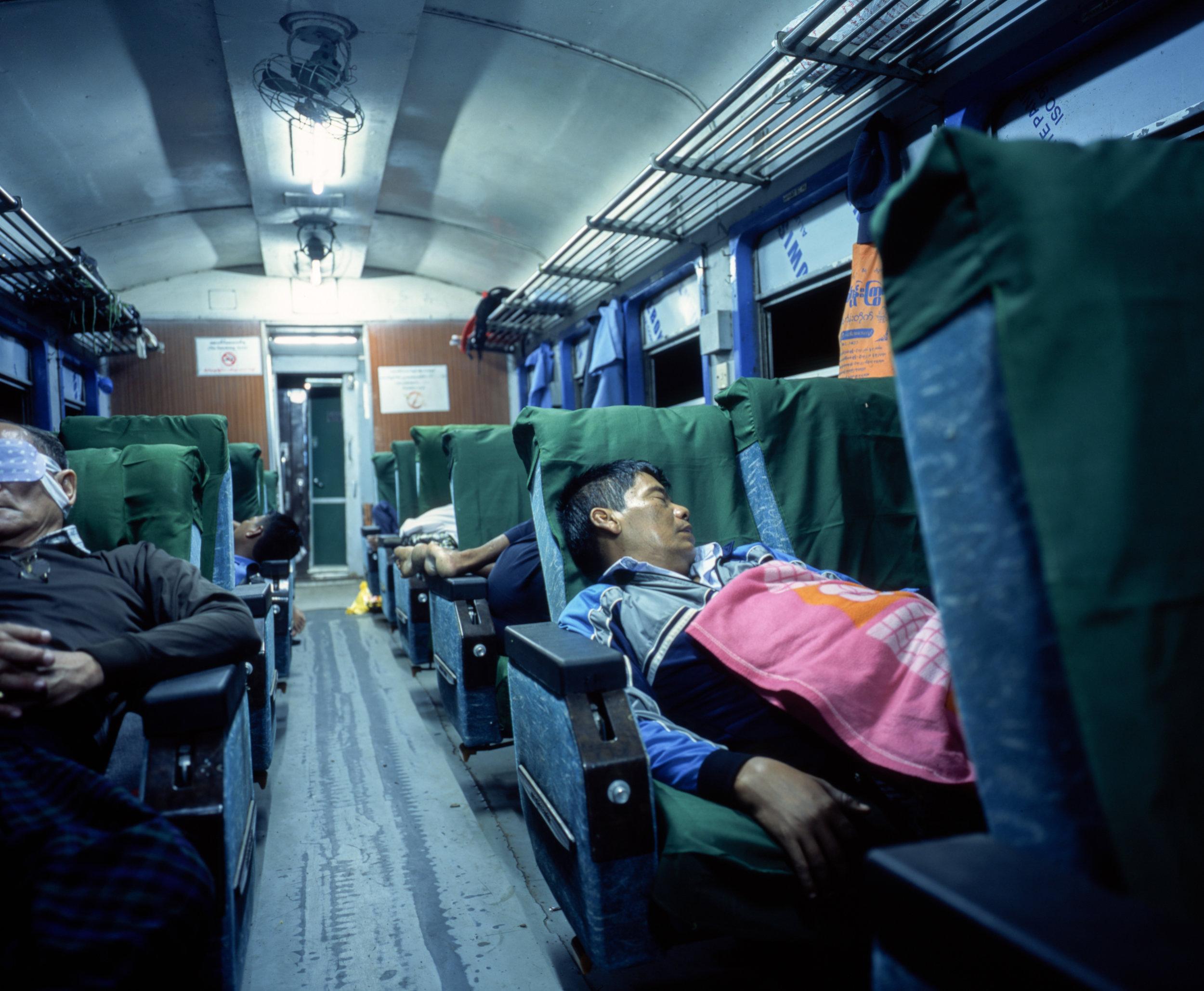 Sleeping on the train Fuji GF670w | Fuji Provia 100f